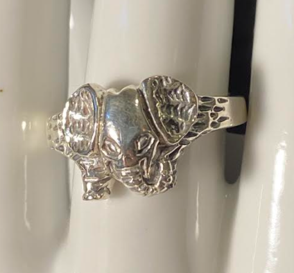 Sterling Elephant Ring